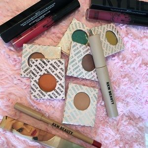Kylie Cosmetic beauty 💄💄